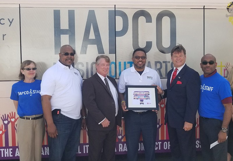 HAPCO LYNX bus wrapper unveiling